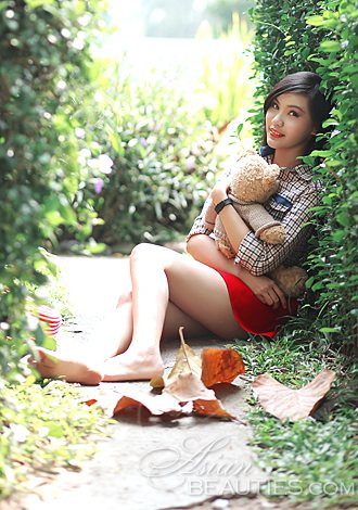 Beautiful Asian member Thi Thuy Lien from Ho Chi Minh City